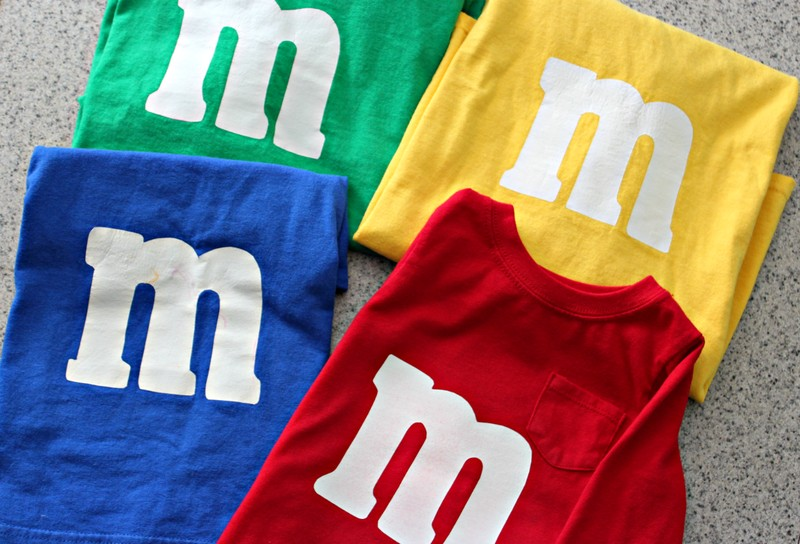 Buy M&M t-shits to celebrate halloween in style